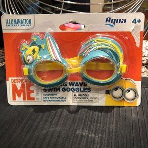 Despicable Me Minion THE BIG WAVE-Swim Goggles-4+